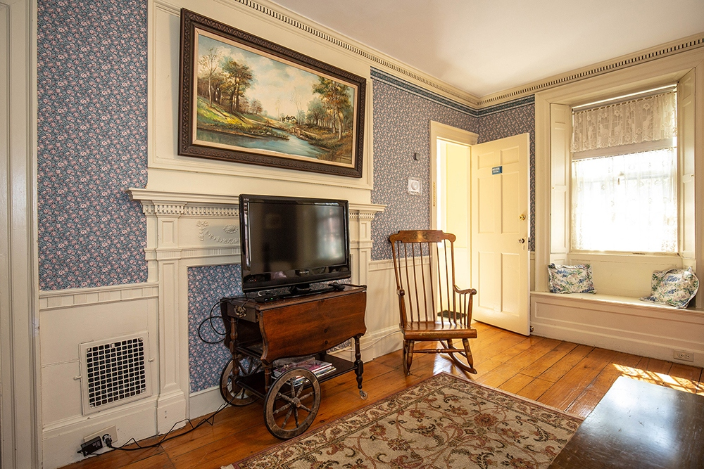 Melissa Room - Newburyport, MA B&B