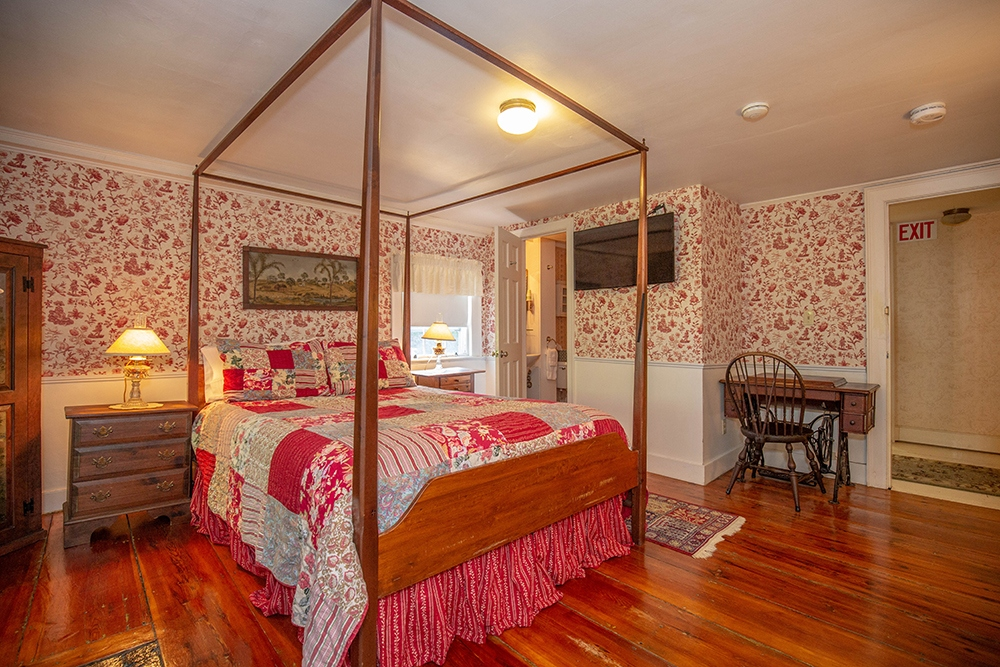 Noyes Room - Newburyport, MA B&B