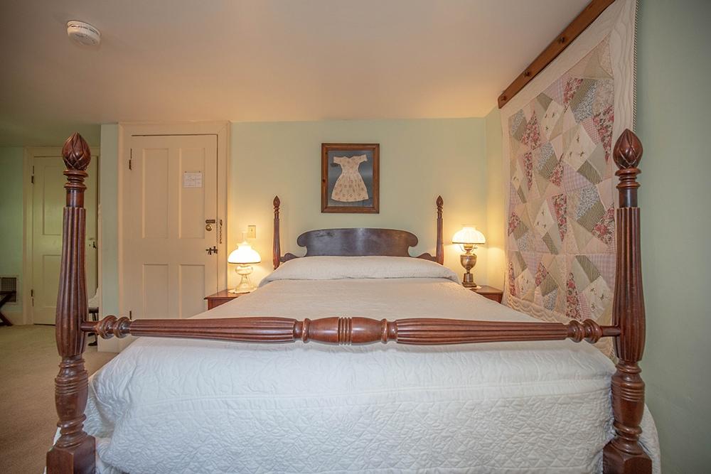 Sargent Room - Newburyport, MA B&B